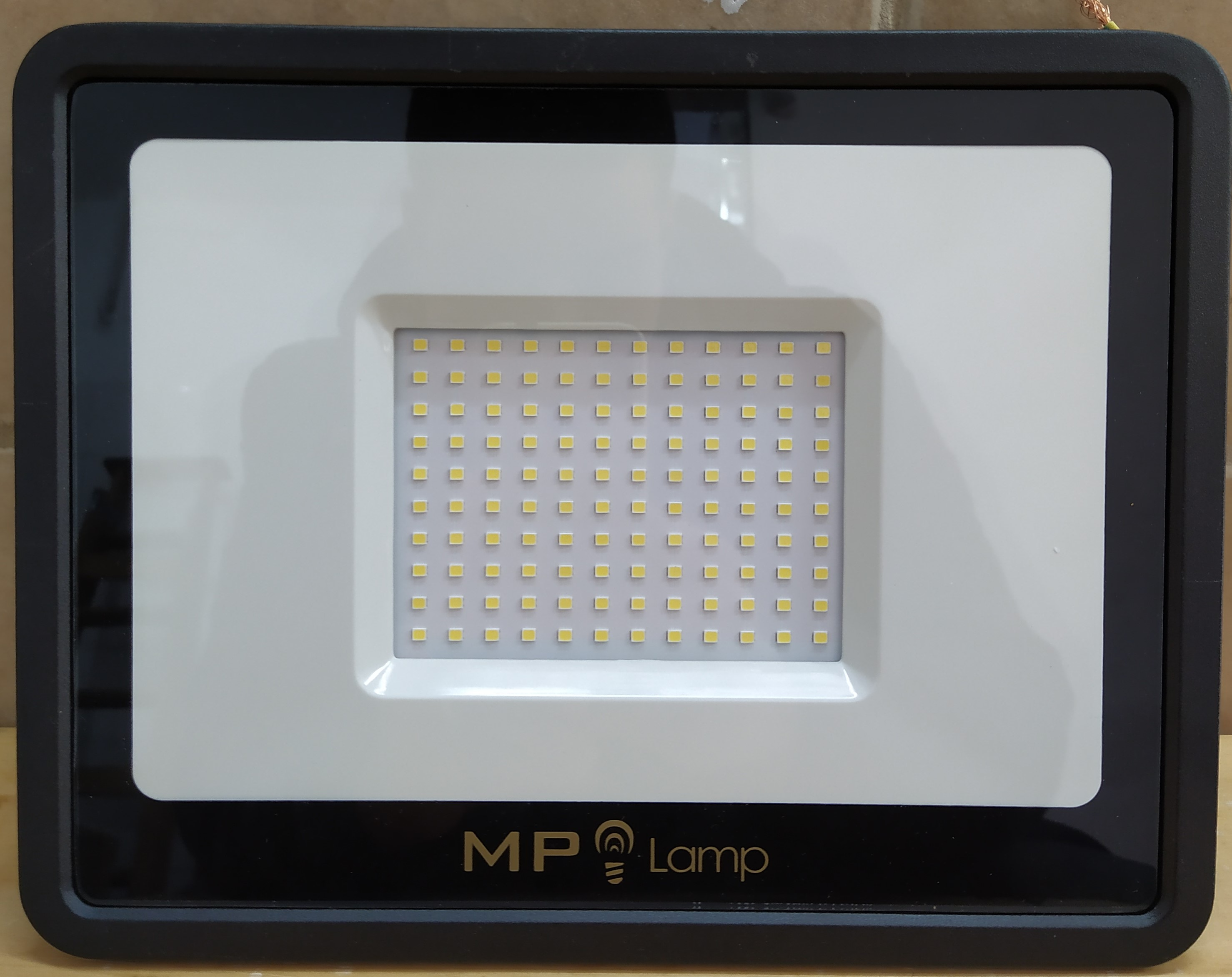 E16 REFLECTOR LED 100W(6500K) LUZ FRIA MP